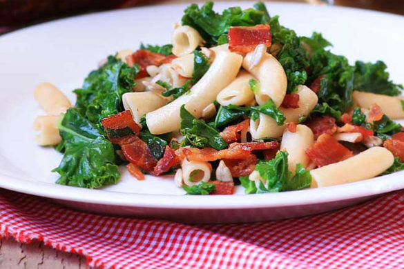 DAD'S BACON AND KALE PASTA